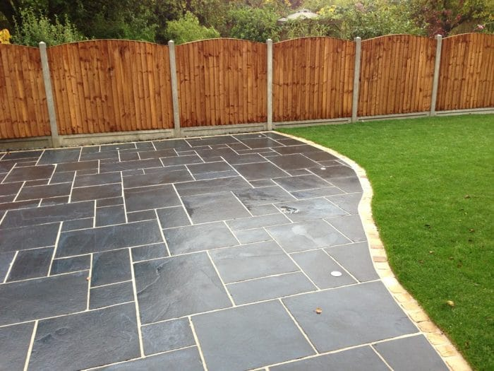 BLACK LIMESTONE PAVING SLABS