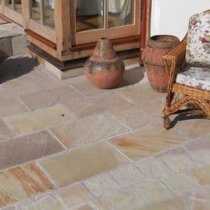 MINT FOSSIL SANDSTONE PATIO PAVING SLABS
