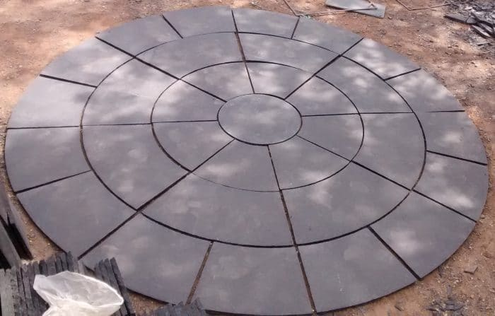 BLACK LIMESTONE CIRCLE SETS