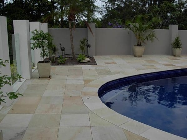 MINT FOSSIL SANDSTONE BULLNOSE POOL COPING