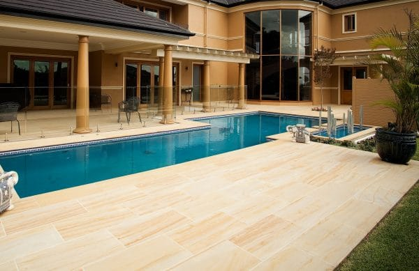 TEAKWOOD SANDSTONE PAVING SLABS