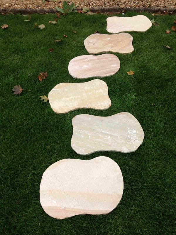 MINT FOSSIL SANDSTONE STEPPING STONE